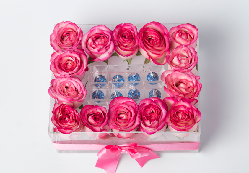 Acrylic Flower Box (14 rosas con chocolates)